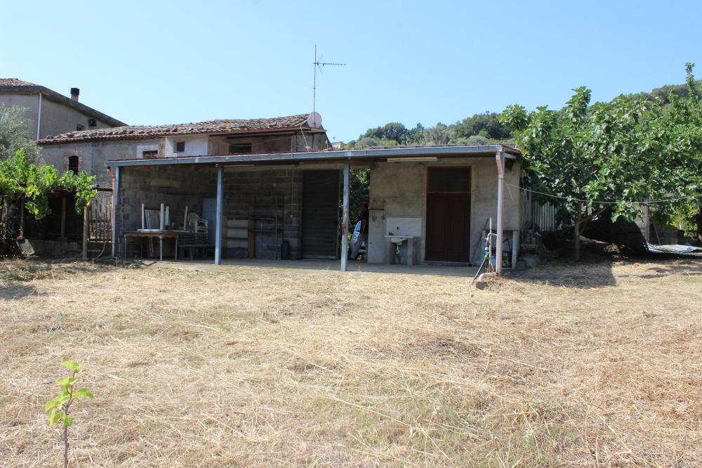 Foto 1 Fabbricati con fabbricato rustico nel comune di Naso - Sicilia