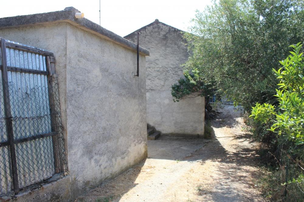 Foto 3 fabbricati con terreno nel comune di Naso - Sicilia
