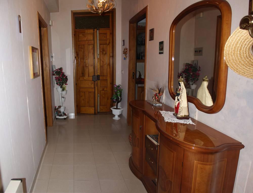 Ingresso abitazione in vendita città di Rocca di Capri Leone - Sicilia