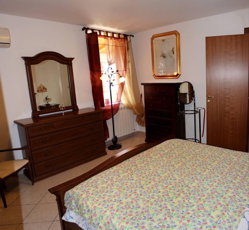 Foto n. 2 della camera da letto - Casa singola in vendita a Capo d'Orlando CD20VF