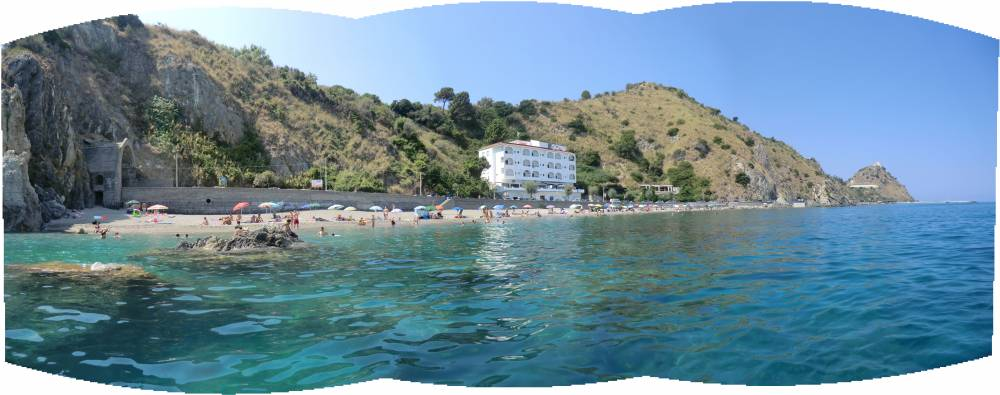 Spiaggia, monti, verde, Monte della Madonna con i caratteristici colori della natura orlandina