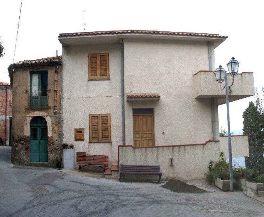 Casa Singola Indipendente In Vendita A Capri Leone Centro