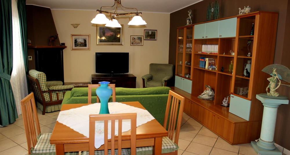 Foto 2 dell'angolo TV - Casa Vacanza RC55 a Rocca di Capri Leone