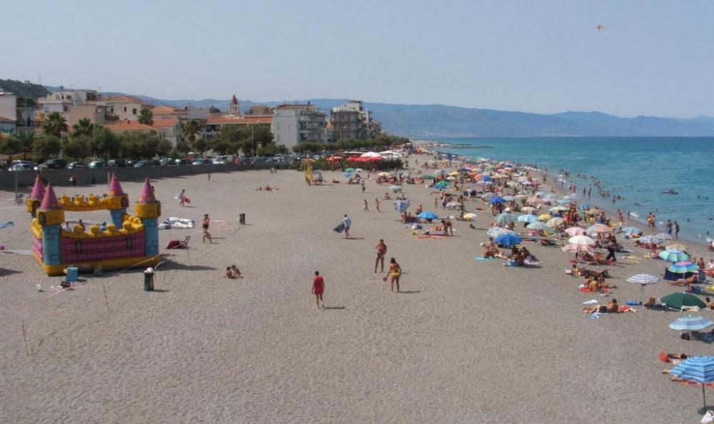 Spiaggia a 30 metri dalla casa Capo d'Orlando CD11VF