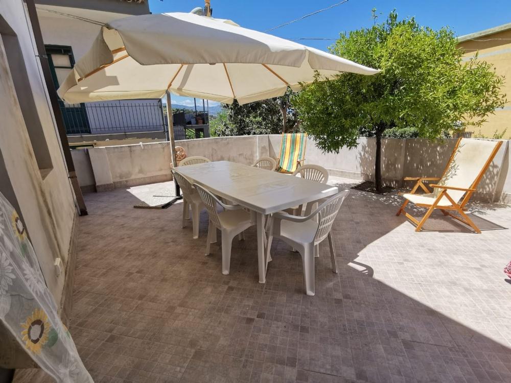Terrazzo della casa vacanze RC54 Rocca di Capri Leone