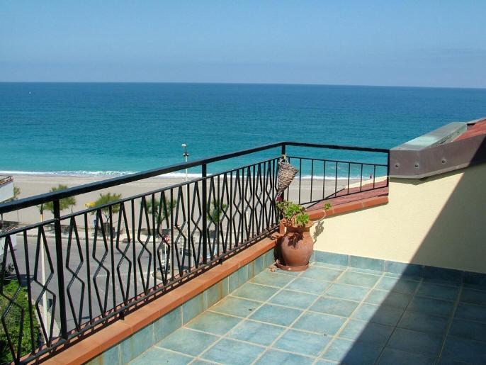 Terrazzo con vista mare - casa vacanze in vendita a Capo d'Orlando CD11VF