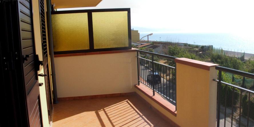 Terrazzo vista mare - casa vacanza in vendita a Capo d'Orlando CD09VF