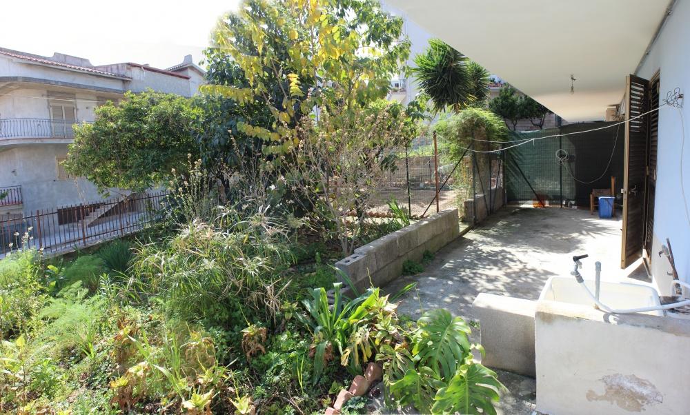 Mini Appartamento al piano seminterrato a Rocca di Capri Leone