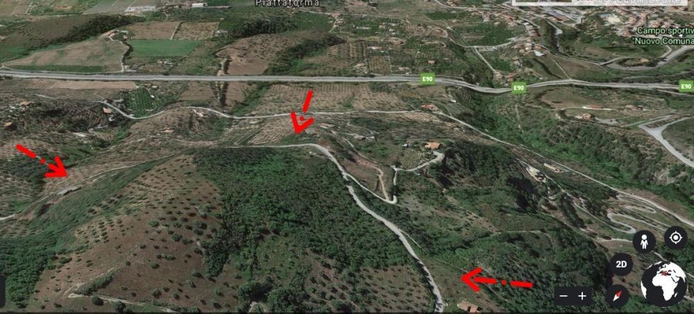 Terreno più rudere in vendita a Capri Leone di circa 3 ettari