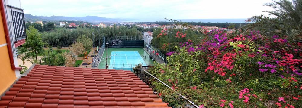 Veduta panoramica dal balcone di casa